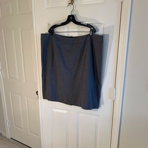 Talbots grey ponte skirt with back vent